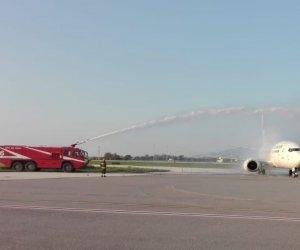 https://www.tp24.it/immagini_articoli/02-04-2021/1617344081-0-battezzato-a-birgi-il-primo-volo-della-lumiwings.jpg