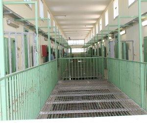 https://www.tp24.it/immagini_articoli/05-07-2020/1593940379-0-carcere-di-trapani-nbsp-droga-nei-pantaloni-destinati-ad-un-detenuto.jpg