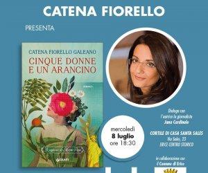 https://www.tp24.it/immagini_articoli/06-07-2020/1594044983-0-catena-fiorello-presenta-il-suo-nuovo-libro-a-erice.jpg