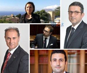 https://www.tp24.it/immagini_articoli/07-01-2020/1578407569-0-quanto-guadagnano-quanto-restituiscono-parlamentari-trapanesi-stelle.jpg