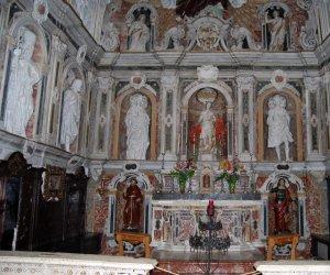 https://www.tp24.it/immagini_articoli/10-02-2021/1612915826-0-san-vito-lo-capo-il-tesoro-del-santuario-negato.jpg
