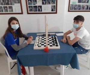 https://www.tp24.it/immagini_articoli/12-05-2021/1620850259-0-disputati-a-marsala-i-campionati-provinciali-giovanili-di-scacchi.jpg