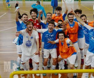 https://www.tp24.it/immagini_articoli/15-05-2021/1621114922-0-il-marsala-futsal-batte-5-a-4-il-san-vito-e-stacca-il-biglietto-per-la-poule-promozione.jpg