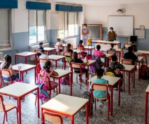 https://www.tp24.it/immagini_articoli/15-09-2020/1600160460-0-il-mio-disastroso-primo-giorno-di-scuola-ad-erice-nbsp.jpg