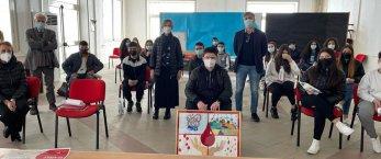 https://www.tp24.it/immagini_articoli/16-04-2021/1618564246-0-donazione-del-sangue-iniziativa-dell-avis-campobello-nelle-scuole.jpg