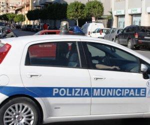 https://www.tp24.it/immagini_articoli/16-06-2021/1623826706-0-marsala-giovane-va-in-escandescenza-e-aggredisce-vigili-e-polizia-arrestato.jpg