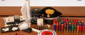 https://www.tp24.it/immagini_articoli/18-09-2020/1600423114-0-marsala-arrestato-dai-carabinieri-aveva-in-casa-63-grammi-di-cocaina-e-83-cartucce.jpg