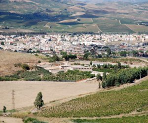 https://www.tp24.it/immagini_articoli/24-01-2021/1611481298-0-nbsp-belice-dalla-regione-dieci-milioni-per-infrastrutture-catania-primo-passo-ma-aspettiamo-risposte-da-roma.jpg