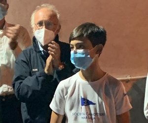 https://www.tp24.it/immagini_articoli/26-10-2020/1603735431-0-vela-tappa-di-coppa-sicilia-optimist-a-catania-vince-yusei-castroni-della-societa-canottieri-marsala.jpg