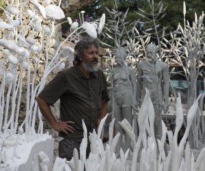 https://www.tp24.it/immagini_articoli/27-06-2021/1624784084-0-terre-in-moto-l-opera-dello-scultore-giuseppe-agnello-a-selinunte.jpg