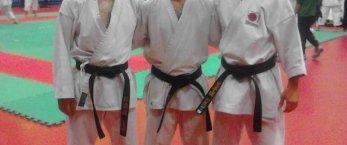 https://www.tp24.it/immagini_articoli/27-10-2021/1635323342-0-karate-la-shotokan-marsala-alla-golden-cup-di-udine.jpg